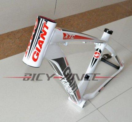 Алюминиевая рама для горного велосипеда Giant 2012XTC FR (mtb bike frame) 26*16/18inch (белый-красный-черный)