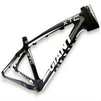 карбоновая рама для горного велоспеда Giant 2012XTC Composite (черный-белый)